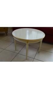 Tavolinetto in legno